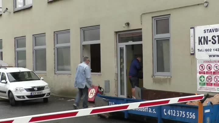 Ve Varnsdorfu opravují jednu z budov technických služeb