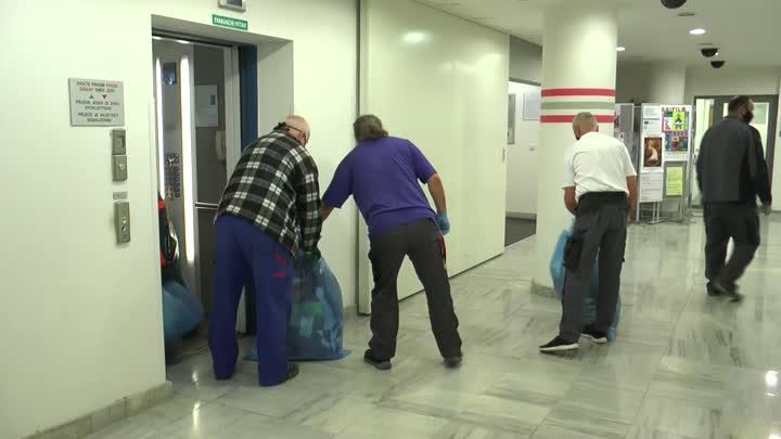Lidem v nouzi opět pomohli zaměstnanci krajského úřadu