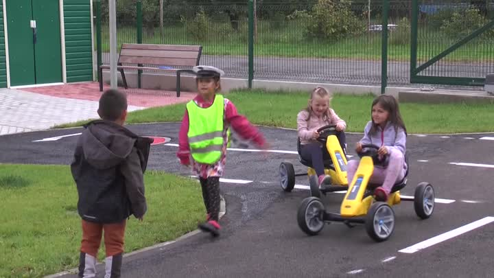 Osečná si vybudovala vlastní dopravní hřiště pro děti