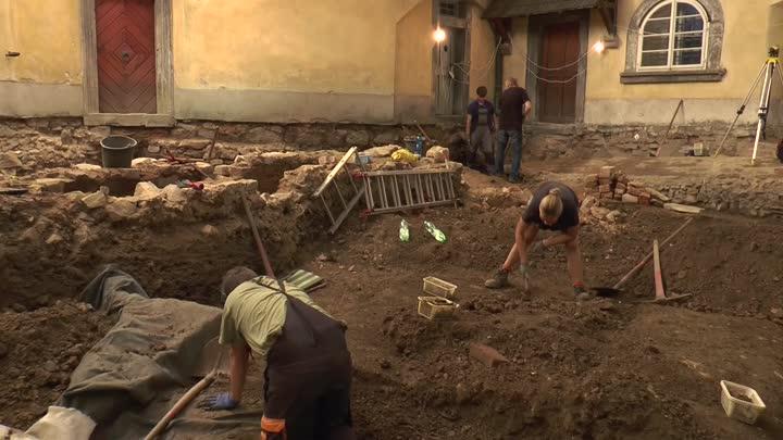Na Grabštejnu se našly pozůstatky středověkého hradiště