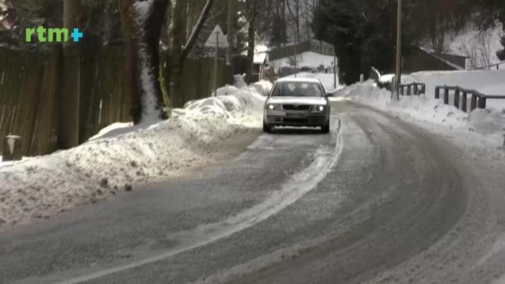 Zimní období vyžaduje větší pozornost řidičů