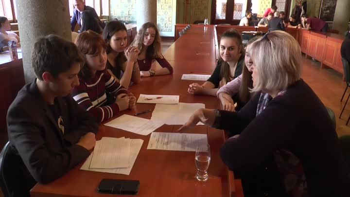 Studenti z Liberce si vyzkoušeli roli zastupitelů