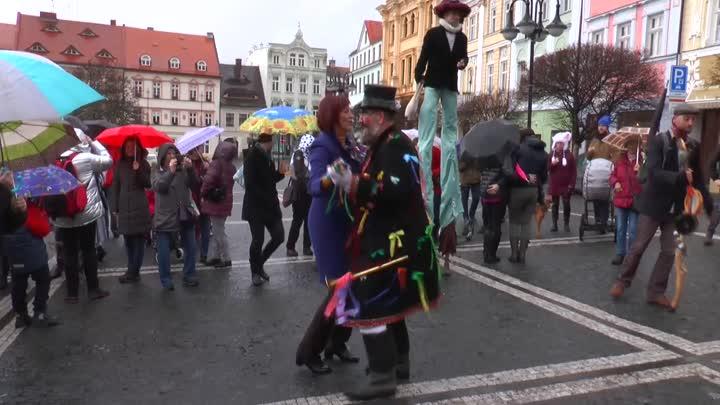 Českou Lípou prošel slavnostní masopustní průvod