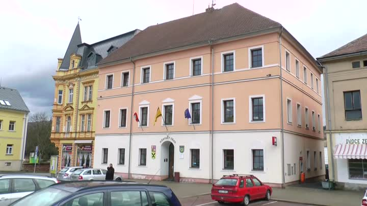 Cvikov rekonstruuje další část městského úřadu