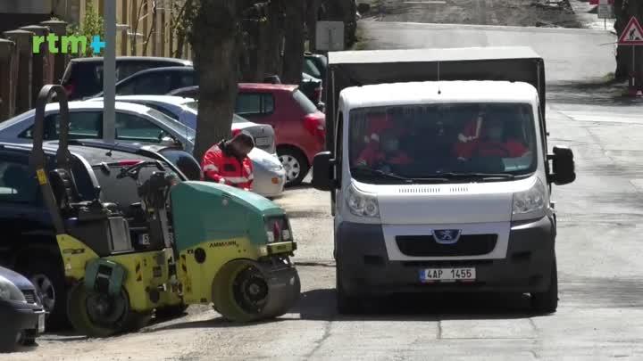 Jablonecký magazín o opravách silnic a chodníků