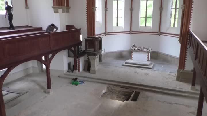 Ve varnsdorfském Červeném kostele probíhají další opravy