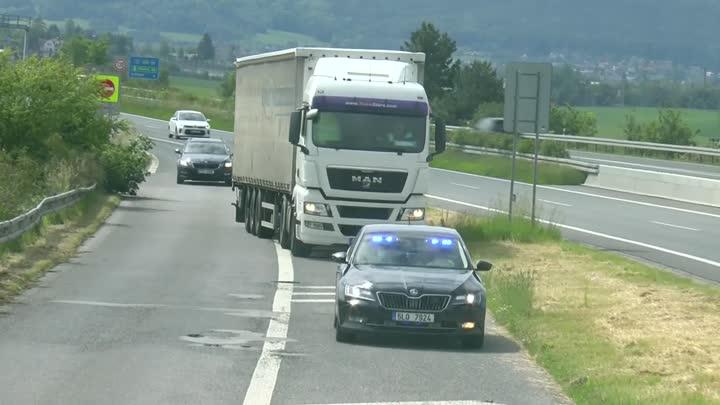 Policisté v Libereckém kraji kontrolovali řidiče kamionů